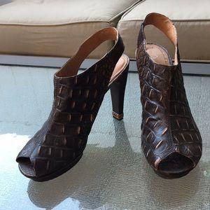 Max Azria Brown Platform Women's shoes, Sz 9.5